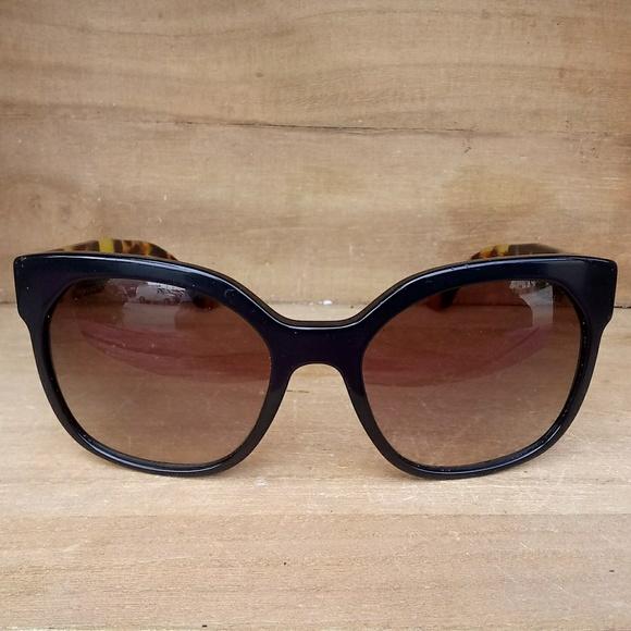 676d0d3fc0 Prada Black   Tortoise Sunglasses. M 5b19f94d6197455974410a9a